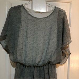 Le Lis - size medium - women's blouse